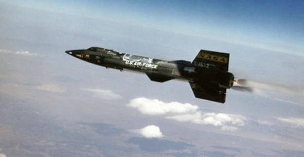 E-USAF-X-15